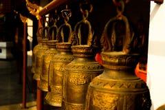 Bell con stile tailandese in tempio Fotografia Stock