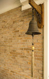 Bell de cobre amarillo vieja Imágenes de archivo libres de regalías