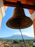 A Bell de Iglesia de La Merced em Granada, Nicar?gua fotografia de stock