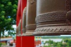 Bell en el templo Kanchanaburi, Tailandia de Wat Tham Khao Noi Tham Khao Noi imágenes de archivo libres de regalías
