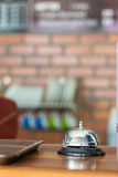 Bell en tienda del cofee Fotos de archivo libres de regalías
