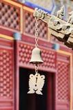 Bell en un templo budista chino, Pekín Foto de archivo