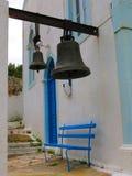 Bell im Durchgang Stockbild