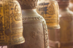 Bell im Tempel lizenzfreie stockfotos