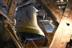 Bell incorniciata in Notre Dame fotografia stock libera da diritti