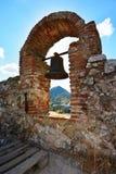 Bell na parede de tijolo Imagens de Stock Royalty Free