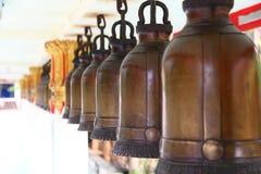 Bell rudern im Thailand-Tempel lizenzfreies stockbild