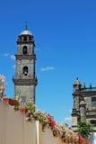 Bell står hög och domkyrkan, Jerez, Spanien. Royaltyfri Fotografi