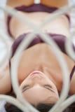 Bella addormentata. Punto di vista superiore di belle giovani donne in biancheria l Fotografie Stock Libere da Diritti