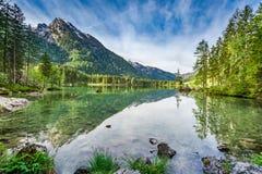 Bella alba nel lago Hintersee in alpi, Germania, Europa Immagini Stock Libere da Diritti