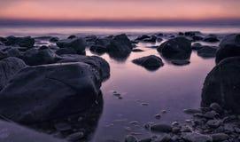 Bella alba serena in spiaggia di Al Aqqa Fotografia Stock