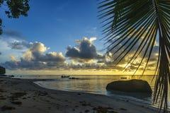 Bella alba sulla spiaggia di paradiso, Seychelles 9 Immagine Stock Libera da Diritti
