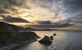 Bella alba vibrante sopra il paesaggio della baia di Mupe sul mattino di estate Fotografie Stock