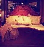 Bella architettura di Bedroom Contemporary Bedroom dell'artigiano a fotografia stock libera da diritti