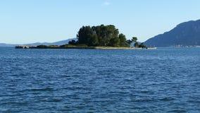Bella area della collina di Kanoni nell'isola di Corfù con l'isola di Pontikonissi ed il monastero di Vlacherna Isola del topo, G archivi video