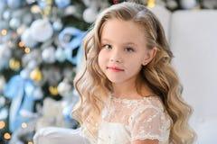 Bella bambina in un vestito stupefacente Fotografia Stock Libera da Diritti