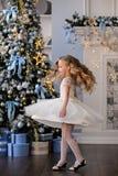 Bella bambina in un vestito stupefacente Immagine Stock Libera da Diritti