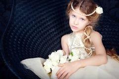 Bella bambina in vestito dalla principessa Fotografia Stock