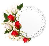 Bella carta di festa con le rose rosse e bianche Fotografia Stock