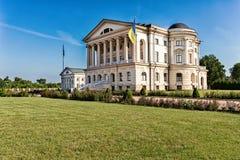 Bella casa di Baturin Ucraina e vecchia chiesa di legno Fotografia Stock Libera da Diritti