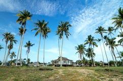 Bella casa di legno tradizionale situata in Terengganu, Malesia Fotografie Stock