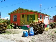 Bella casa variopinta in Barbados immagine stock