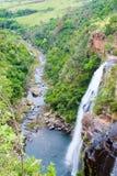 Bella cascata alta in Sudafrica fotografie stock libere da diritti