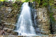 Bella cascata nella foresta Fotografia Stock