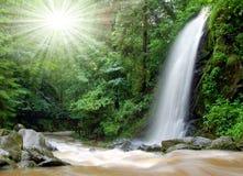 Bella cascata nella sosta nazionale Tercino v Fotografia Stock Libera da Diritti