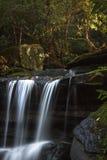 Bella cascata in Nuovo Galles del Sud, Australia Immagini Stock Libere da Diritti