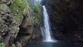 Bella cascata tropicale Bali, Indonesia fotografie stock libere da diritti