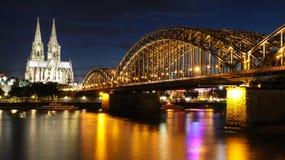 Bella città di Colonia immagini stock