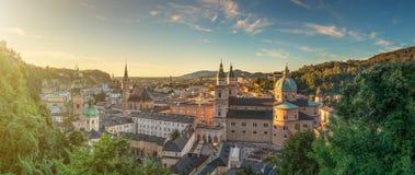 Bella città di Salisburgo al tramonto, Austria Immagine Stock Libera da Diritti