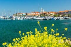Bella citt? slovena Isola della costa fotografia stock libera da diritti