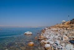 Bella costa della foto del mar Morto, Giordania Fotografie Stock Libere da Diritti