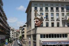 Bella costruzione dell'hotel sulla costa Mediterranea Immagini Stock