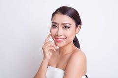 Bella cura di pelle asiatica della donna immagini stock