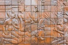 Bella decorazione murala di pietra di rurale tailandese antico nella montagna di Inthanon, Chiangmai, Tailandia Immagini Stock Libere da Diritti
