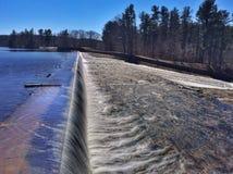 Bella diga del bacino idrico Fotografia Stock