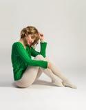 Bella donna in calzamaglia bianche Fotografia Stock Libera da Diritti