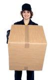Bella donna che sostiene una scatola di cartone fotografia stock