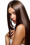 Bella donna con capelli lunghi sani Fotografia Stock Libera da Diritti