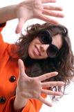 Bella donna con gli occhiali da sole Immagine Stock