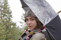 Bella donna con l'ombrello Immagini Stock Libere da Diritti