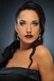 Bella donna del brunette immagine stock