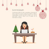 Bella donna di affari adorabile del personaggio dei cartoni animati Assistente elegante di segretario della ragazza Buon Natale e Immagini Stock Libere da Diritti