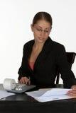Bella donna di affari con il calcolatore Fotografia Stock Libera da Diritti