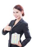 Bella donna di affari con il contenitore di regalo fotografie stock