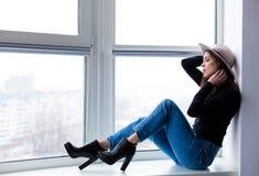 Bella donna di boho in cappello della lana Immagine Stock Libera da Diritti