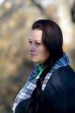 Bella donna nel freddo di autunno Fotografia Stock Libera da Diritti